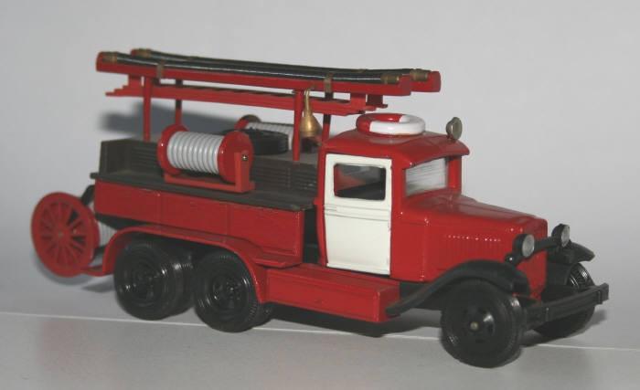 Lomo 1/43 GAZ-AAA pumper